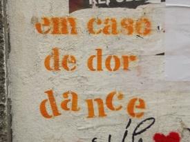 em caso de dor... graffiti